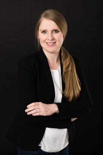 Frau Buse - Praxismanagerin
